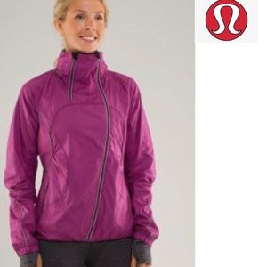 Like new!! Lululemon Run: Inspire Jacket